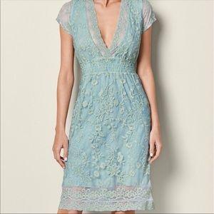 Xs venus lace dress stretch v neck